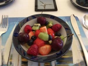 post-office-house-belford-breakfast-fruit